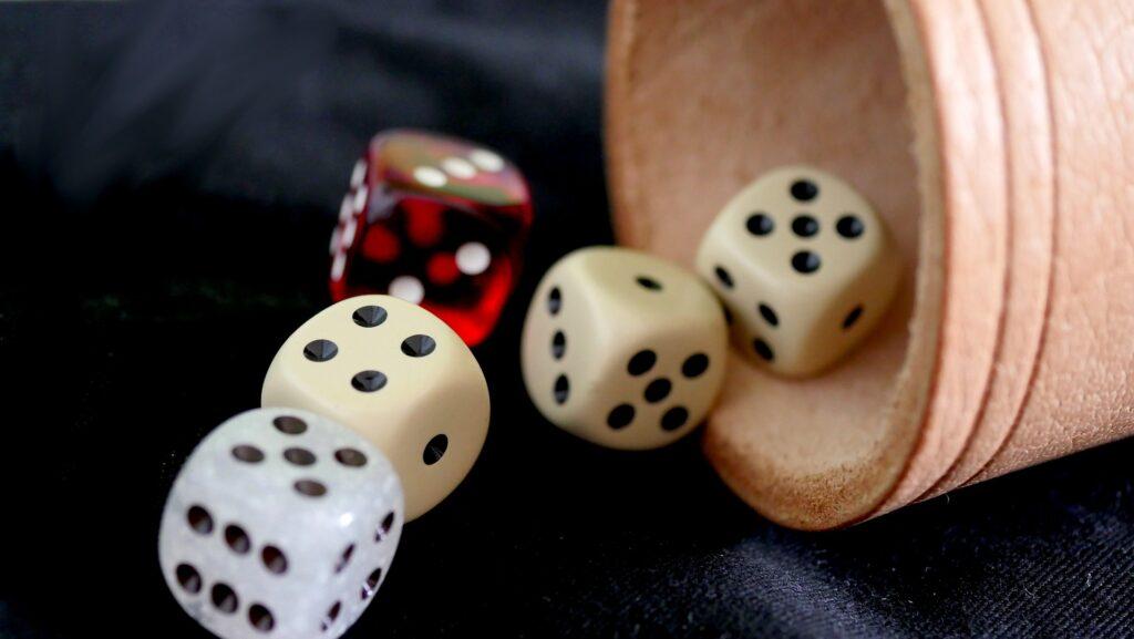 Top 8 najlepszych źródeł czytania o hazardzie